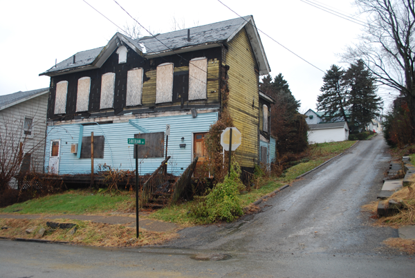 Siberian Avenue Blighted Property